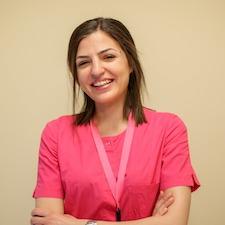Lana Kostadinović, strukovna medicinska sestra